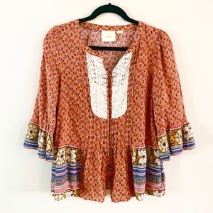 Anthro   Maeve   Flowy Boho Peasant Top with lace